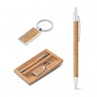 Ballpoint and keyring set.